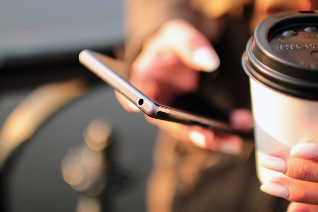 [2020年7月]ドコモ最新スマホ機種変更おすすめ15選|iPhone・Android別にご紹介!