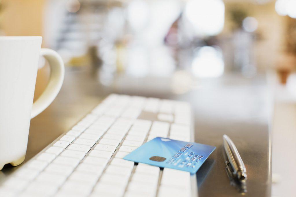 ドコモオンラインショップの支払方法|メリットや注意点も解説