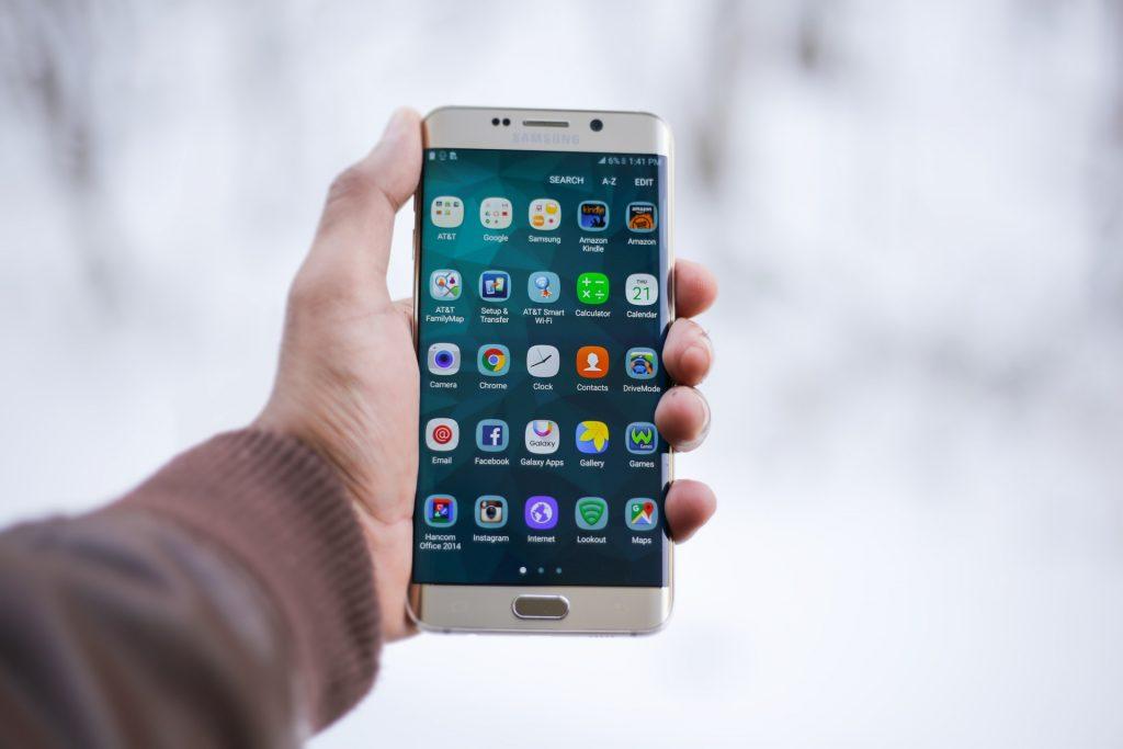 6インチ以上の大画面スマホおすすめ18選 大型スマホをご紹介 Iphone格安sim通信