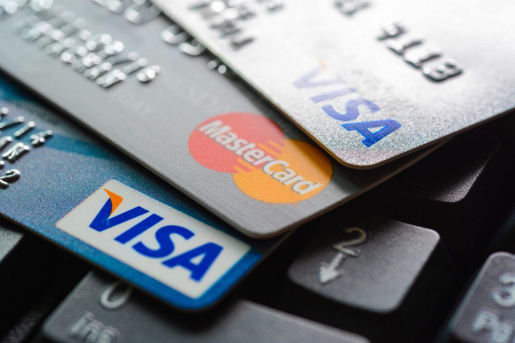 LINE Payバーチャルカードの発行方法や使い方|チャージ方法や解約方法まで解説!