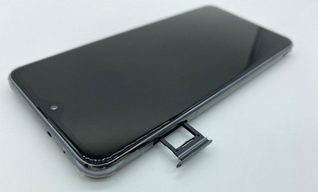 Galaxy A20 SIMカード