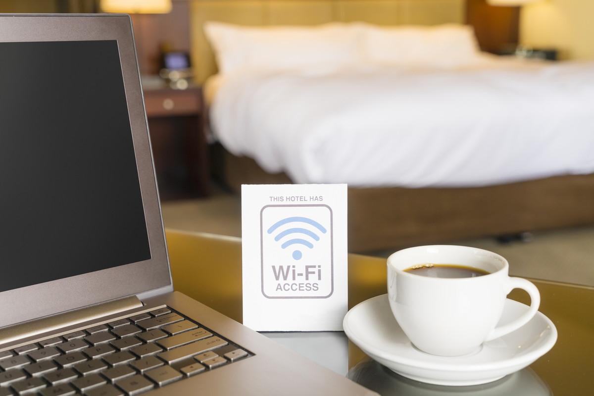 フリースポットWi-Fiの安全性を確保 リスクを回避する5つの対策方法