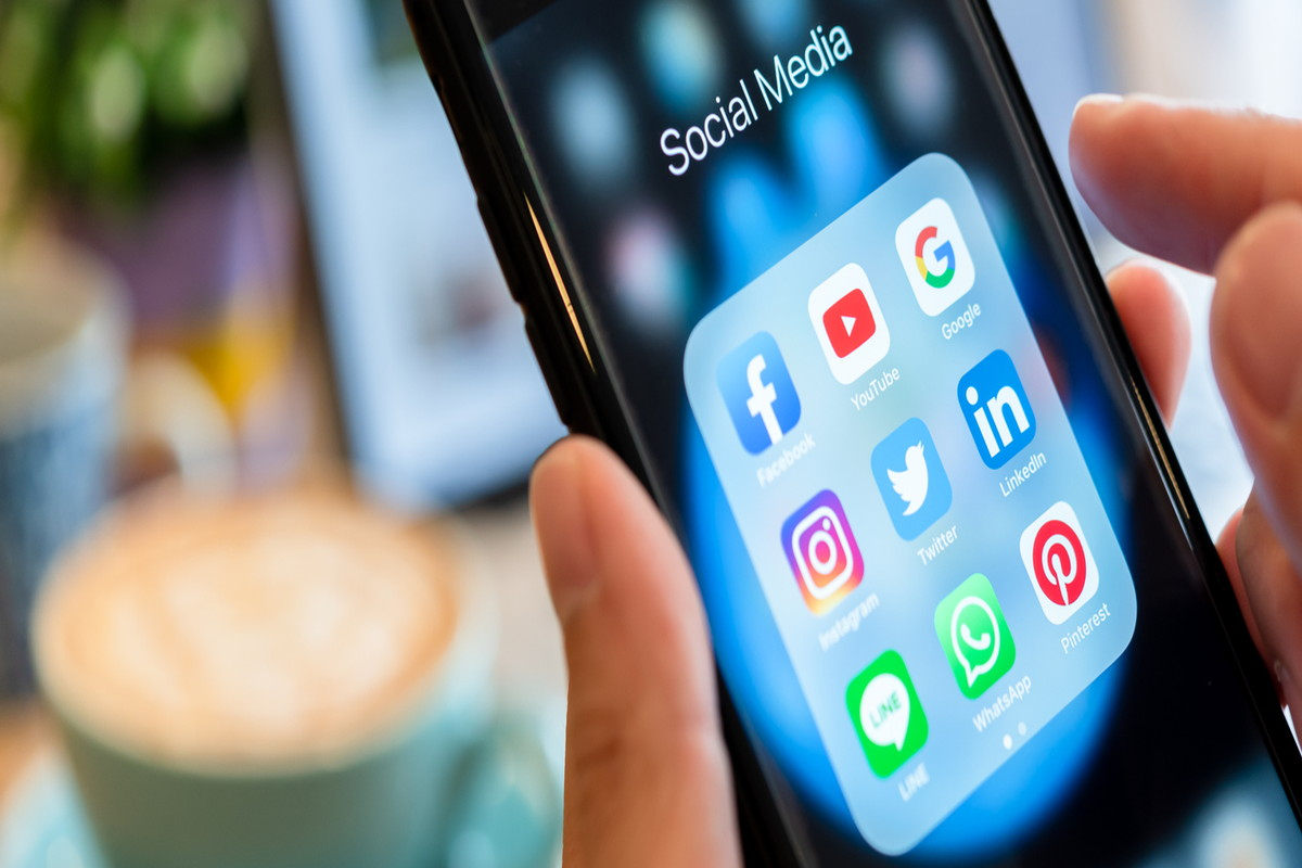 おすすめのビジネスアプリ21選!使いこなして仕事の効率化を目指そう | iPhone格安SIM通信