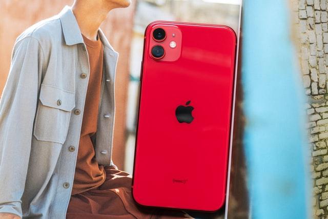 女性に人気のiPhoneシリーズはどれ?機能やカラー、カメラ性能別に一挙ご紹介