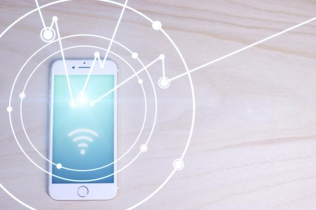 格安SIMとWiFiの違いは?併用する方法も解説