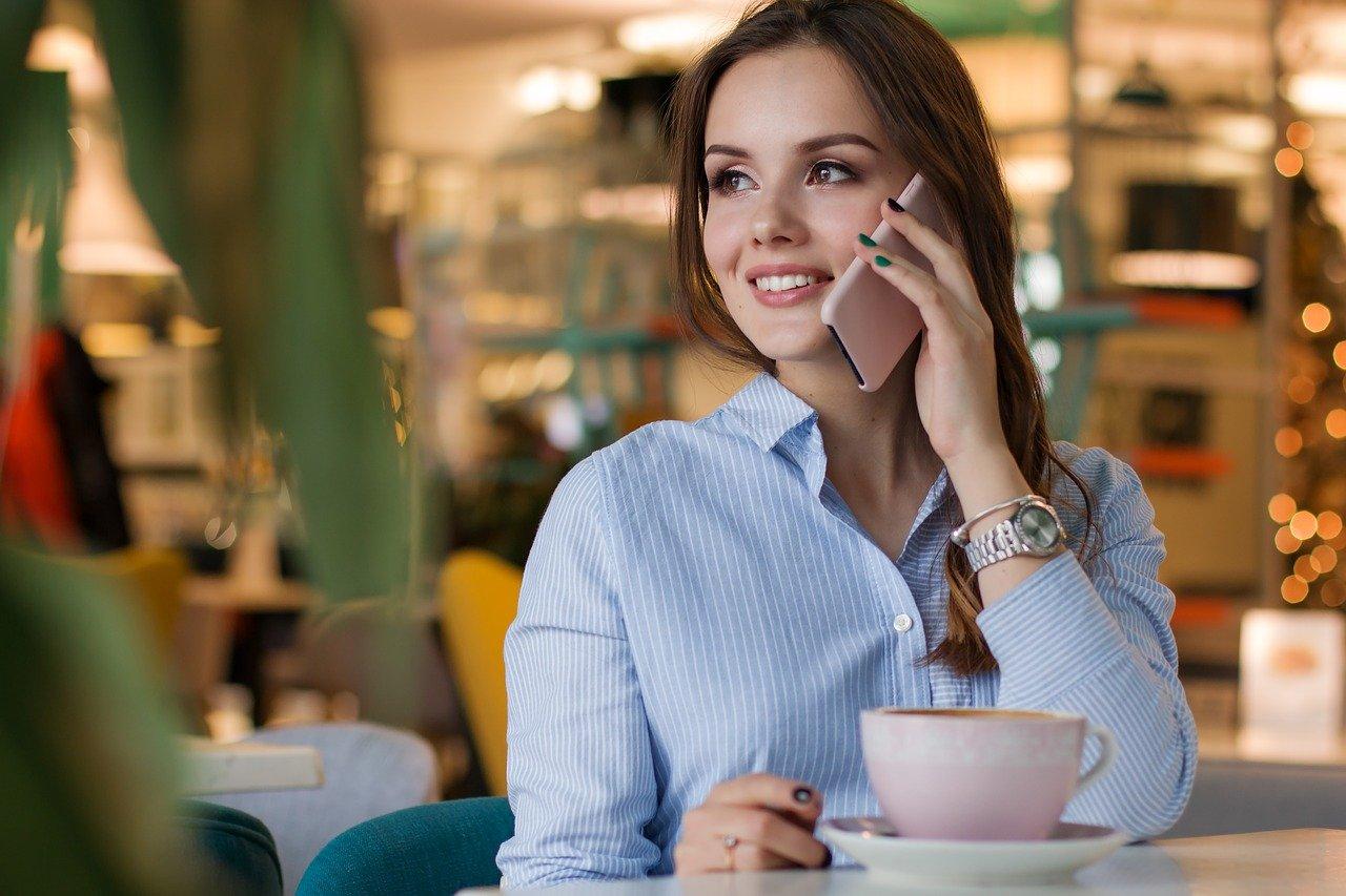 楽天モバイルは家族割引がなくてもお得に使える!2回線目以降の申込方法や家族向けサービスを解説