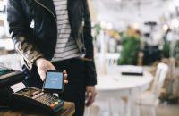 セブンイレブンでLINE Payを使うには?支払いやチャージ方法